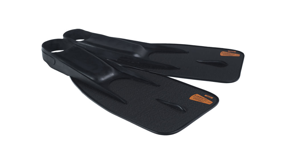 Fins 200 With Neoprene Socks